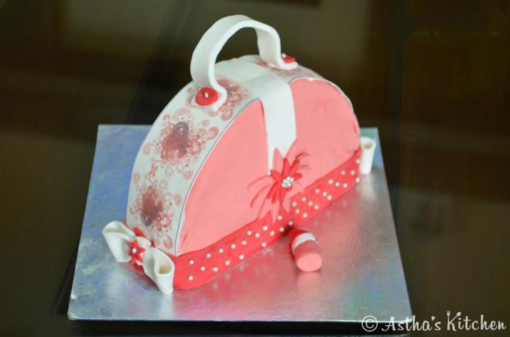 Purse Shaped Cake How To Shape A
